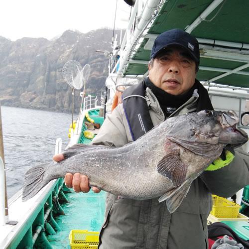 札幌市の朝倉さんが釣った黒ゾイ61cm
