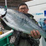 札幌市の鎌田さんが釣った4.7kg