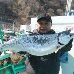 札幌市の平富さんが釣った板マス4.6kg