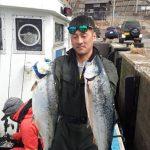 札幌市の藤川さんは3kg超を2本ゲット!