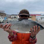 ニセコ町の鈴木健太さんが3.9kgを釣りました